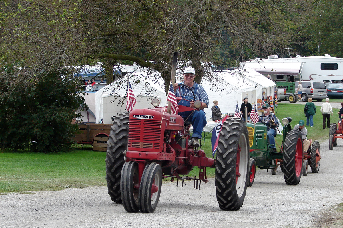 pfrv gallery tractor show flea market 10
