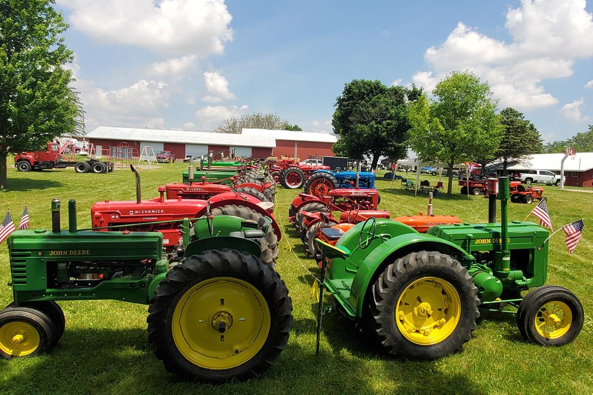 pfrv gallery tractor show flea market 20