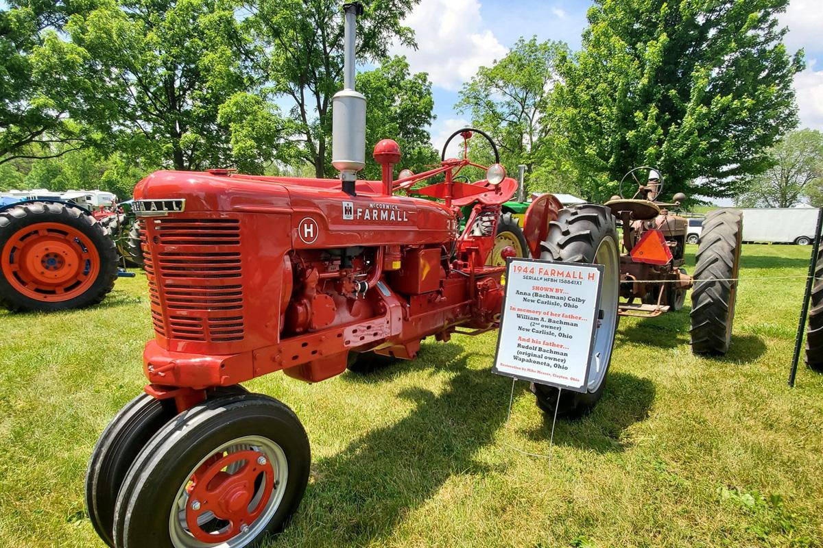 pfrv gallery tractor show flea market 30