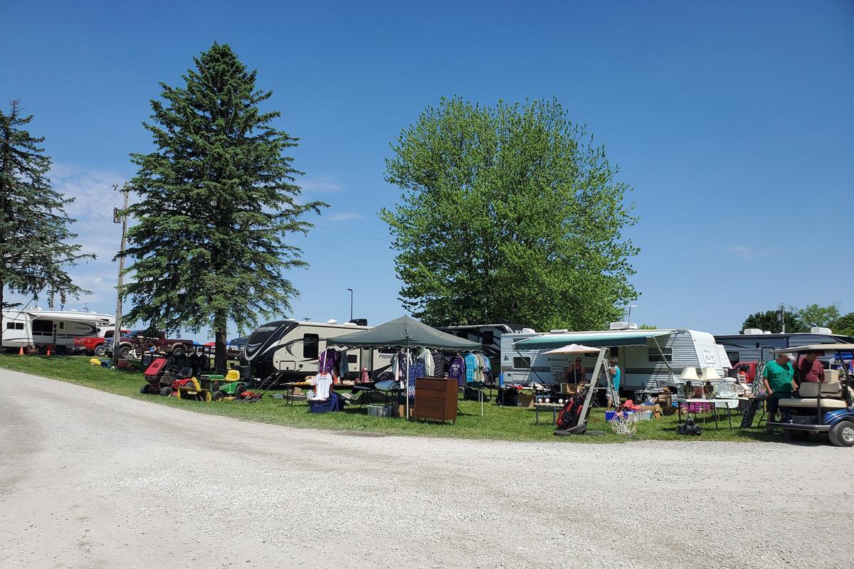 pfrv gallery tractor show flea market 60